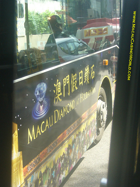 mcw_diamondbusad_large_la-2